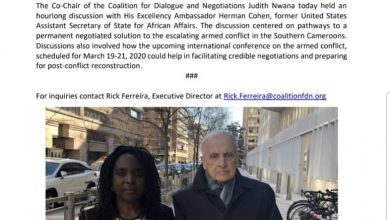 Photo of US Anglophone Conference organizers meet former diplomat Herman Cohen