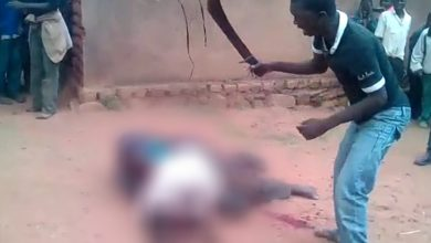 Photo of Shocking Video: Alleged Secret Policemen Butchered By Amba Fighters In Ndop