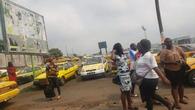 Photo of Buea taxi drivers protest torture of colleague, 'extortion' by security agents