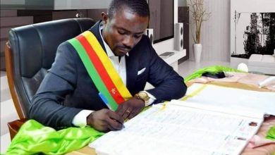 """Photo of Barrister Agbor Nkongho condemns """"unlawful"""" attack on Mamfe Mayor by separatists"""