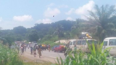 Photo of Separatist Fighters Reemerge on Kumba-Mamfe road, Cause Blockade