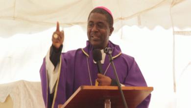 Photo of Bamenda Archbishop Revises COVID-19 Measures, asks Churches to Resume Mass