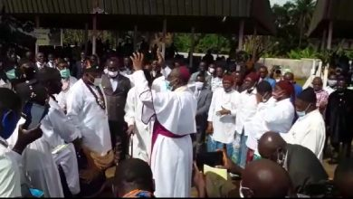 Photo of Clergy, traditional authorities commit Kumba to God